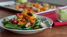 Teplý zeleninový salát s avokádovou zálivkou – Živá kultura Gaps Diet, Potato Salad, Low Carb, Potatoes, Chicken, Ethnic Recipes, Food, Diet, Potato