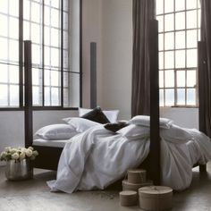 """Linge de lit en lin BORSALINO, aux """"rayures costume"""", symbole de l'Eternel masculin"""