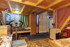 Nyerj egy éjszakát az Airbnb-n: Budapest  I can accept groups 11 – Kiadó Lakás Budapest VII kerület. Dob utca 108 földszint 5 szám. Hungary Budapest Dob utca  108 ground floor number 5 területén