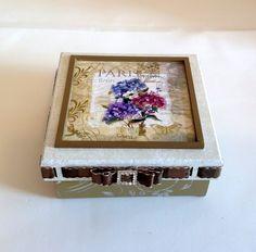 Caixa decorada em mdf - Flores colorida   Atelier Marcia Campos   Elo7