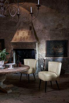 #chair #classicfurniture #italianfurniture #interiordesign #salonnamjestaja  #italijanskinamjestaj   Stolice / Chairs   Pinterest