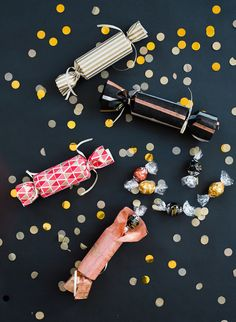 Did someone say DIY party poppers? Make these poppers by @100LayerCake with LINDOR truffles and any color or pattern wrapping paper to add a fun touch to your party!