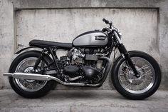 Triumph Bonneville 2009 by CRD cream motorcycles  #triumph#CRD#caferacer
