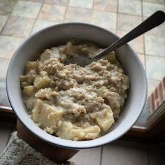 Recette de porridge fondant pomme amandes   Dine & Move Fondant, Oats And Honey, Healthy Cooking, Smoothies, Oatmeal, Menu, Gluten, Vegan, Dining