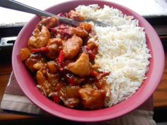 pui cu ananas2 Chinese Food, Chana Masala, Recipies, Curry, Food And Drink, Meat, Chicken, Cooking, Healthy