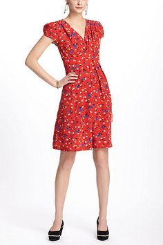 I would kill for this dress! I loved it so much when I tried it on. Totally a first day of school teacher dress I would love!!!!!!!!!