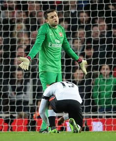 Sturridge Reties Fabianski's Boot Lace vs Liverpool in the FA Cup 2013-2014.