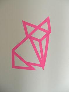 Gabulle in wonderland: Renard origami en masking tape rose néon.