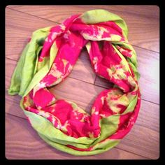 """❤️HOST PICK!❤️ Green and red silk blend scarf Never worn, drapes beautifully with almost any top. No snags, no rips, no tears, no stains. ⚠️Unless it is for bundles, I don't negotiate pricing through comments. Please use the """"Offer"""" button if you'd like to negotiate a deal lower than the listed price. Thank you! Madhubani Accessories Scarves & Wraps"""