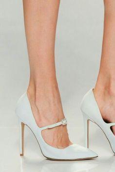 Dream Shoes, Crazy Shoes, Me Too Shoes, Pretty Shoes, Beautiful Shoes, Shoe Boots, Shoes Sandals, Hot Shoes, Fashion Shoes
