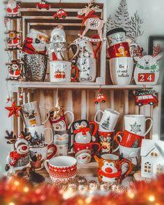 Winter Christmas, Mugs, Tableware, Ale, Instagram, Ideas, Dinnerware, Tumblers, Tablewares