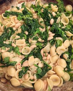 Food Hunter's Guide to Cuisine: New Approach to Food In The New Year & Pasta with Broccoli Rabe & White Beans