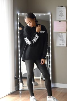 Casual Outfit | Urban Outfitter's Hoodie