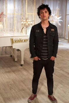 Still of Billie Joe Armstrong in The Voice (2011) << wow, that was 2011? Seems like it wasn't that long ago...