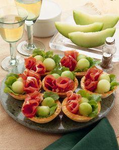 ispirazioni finger food: Cestini di prosciutto e melone invernale