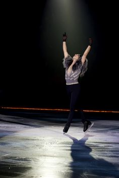 Johnny Weir, Ave Maria. Exclusive photo © David Ingogly @ Binky's Johnny Weir Blog.