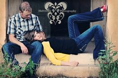 Couples pictures . Love the shoes halversen-photography