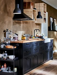 Create Your Dream Kitchen with the METOD Kitchen System - IKEA Ikea Metod Kitchen, Kitchen Storage, Kitchen Cabinets, Updated Kitchen, New Kitchen, Kitchen Decor, Kitchen Updates, Kitchen Ideas, Catalogue Ikea