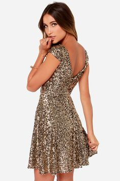 Livin' the Gleam Gold Sequin Dress: Holiday Sparkle!