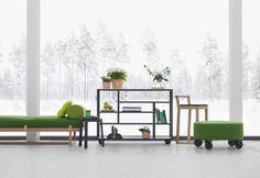stile-scandinavo-creazioni-di-sara-larsson-panca-mobile-scaffali-sgabello-pouf