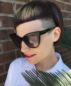 💠🌸🦜 PRECISION 🦜🌸💠 I'm realizing that my feed is about to be a flood of Olivia reposts for my entries into the Bowl Haircuts, Sideburns, Side Cuts, Mullets, Undercut, Dreads, Hair And Nails, Sunglasses Women, Hair Cuts