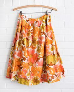1950s Vintage Skirt Circle Skirts, Flower Skirt, Cotton Skirt, Small Waist, Orange Flowers, Vintage Skirt, 1950s, Floral Prints, Retro