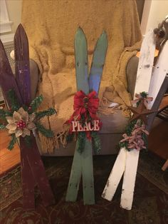 Old Picket fence skis