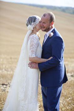 Her veil is amazing!
