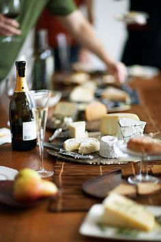 du pain, du vin et du fromage  Set up bread, wine & cheese to serve to guests post spa session!