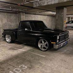 Custom VANS natural BABES & other bad ass transportation. Chevrolet Silverado, Chevy Stepside, Chevrolet Trucks, 1957 Chevrolet, Chevrolet Impala, Lowrider Trucks, C10 Trucks, Chevy Pickup Trucks, 1984 Chevy Truck