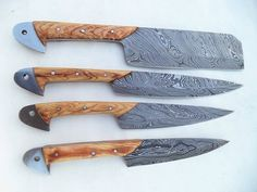 Handmade Damascus Steel Kitchen Knives, to Overall Length, Blade Pattern: Twisted, Handle Material: Kai Wood. Damascus Steel Kitchen Knives, Damascus Steel Chef Knife, Damascus Knife, Forged Knife, Chef Knife Set, Knife Sets, Cool Knives, Knives And Swords, Messer Diy