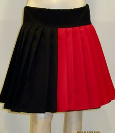 Harley Quinn Pleated Skirt Red and Black cosplay by SOHOSKIRTS