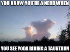 If you don't see Yoda riding a Tauntaun in these clouds, you're not a true Star Wars fan>>> you can't tell people😂 Star Trek, Star Wars Bb8, Haha, The Force Is Strong, Star Wars Humor, Love Stars, Clone Wars, Far Away, Reylo