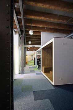 Kanceláře firmy Etnetera#Offices for Etnetera « monom