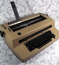 High School flashback....the Vintage IBM Electric Typewriter CORRECTING Selectric III