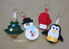 Winter Friends Felt Keychains - Repeat Crafter Me