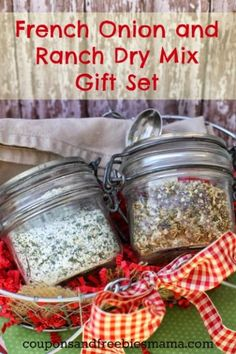 EASY Homemade French Onion Soup Mix and Homemade Ranch Dip Mix! Simple handmade DIY gift idea, or make it to use yourself! Inexpensive & delicious, great with barbeque or vegetarian dishes too! You'll wonder why you've never made these before for your family! Check out these simple fool-proof recipes right now!