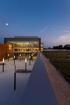 Gallery - Back of the Yards High School / STL Architects - 7