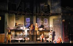 Annie. US National Tour. Scenic design by Beowulf Boritt. 2014