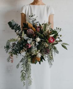 """1,415 To se mi líbí, 45 komentářů – Nouba (@nouba_blog) na Instagramu: """"Oversized, untamed and packed with gorgeous natives - this incredible bouquet by…"""""""