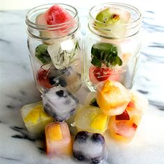 Prep up a bunch of fruit infused ice cubes for your freezer at the start of the week + enjoy naturally flavored water all week! Infused Water Recipes, Fruit Infused Water, Fruit Water, Infused Waters, Water Water, Fruit Juice, Fresh Fruit, Water Bottle, Fruit Ice Cubes