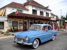 Pour ce mardi sur #BonjourLaVieille, une #Simca #Aronde #P60 #Élysée de 1959