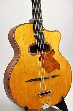 Gypsy Jazz Guitar, Acoustic Guitars, Vintage Guitars, Bass, Porn, Music Instruments, Amazing, Guitar Building, Guitars