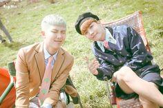 [스타캐스트] 청춘을 노래하는 방탄소년단의 마지막 이야기, <화양연화 Young Forever> 자켓 사진 촬영장! :: 네이버 TV연예