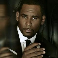 New Chapters of Trapped in the Closet Debut on IFC in 2014 -- R. Kelly creates, directs and stars in this musical series. Fans can catch up on all 33 chapters with a marathon Saturday, December 7th. -- http://wtch.it/RR36p