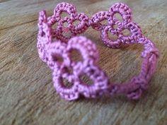 Flowers Bracelet ~ FREE Crochet Pattern