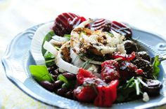 <p>No oil, no dairy, but completely delicious salad dressings. Impossible, you say? Not with these 5 simple recipes!</p>
