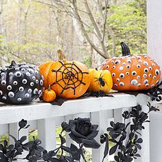 Like the googly eyed pumpkins!  Easy craft for kids and eyes can be found at the dollar store!
