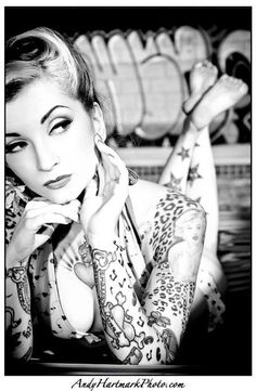 pin up girl, i love her tattoos!