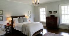 Kangaroo Valley bedroom 2  http://www.stylishlivablespaces.com/house-of-the-week/house-of-the-week-jackie-os-country-retreat#